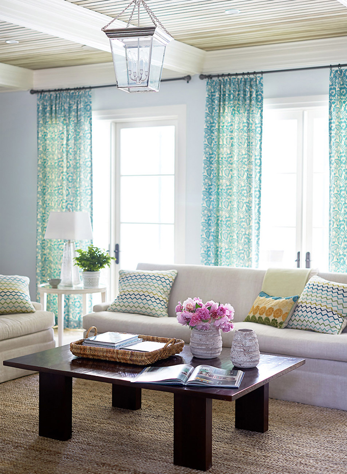 http://houseofturquoise.com/2015/01/andrew-howard-interior-design.html